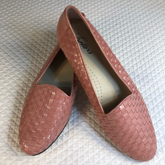 Trotters Shoes - Pink Trotters Woven Flats